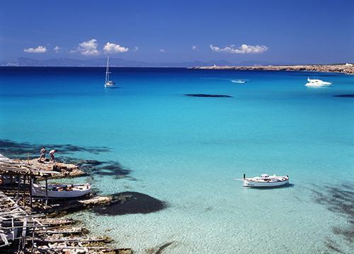 Ferie a ottobre: l'isola minimal chic di Formentera