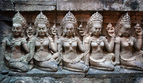 Itinerari di viaggio: una visita al complesso dell'Angkor Vat