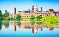 Una passeggiata tra le piazze storiche di Mantova
