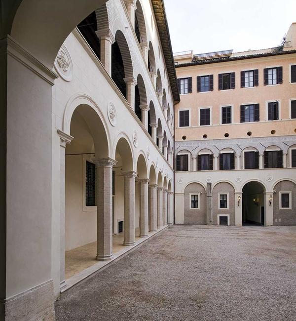 4 - Palazzo Sforza Cesarini 1