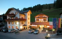 Alta Badia, vacanze relax a San Cassiano all'Hotel La Fradora