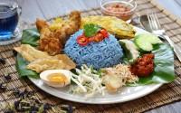 Cenare fuori a Kuala Lumpur: cucina tradizionale e influenze locali