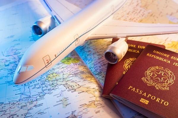 Viaggi al buio e low cost con Flykube?