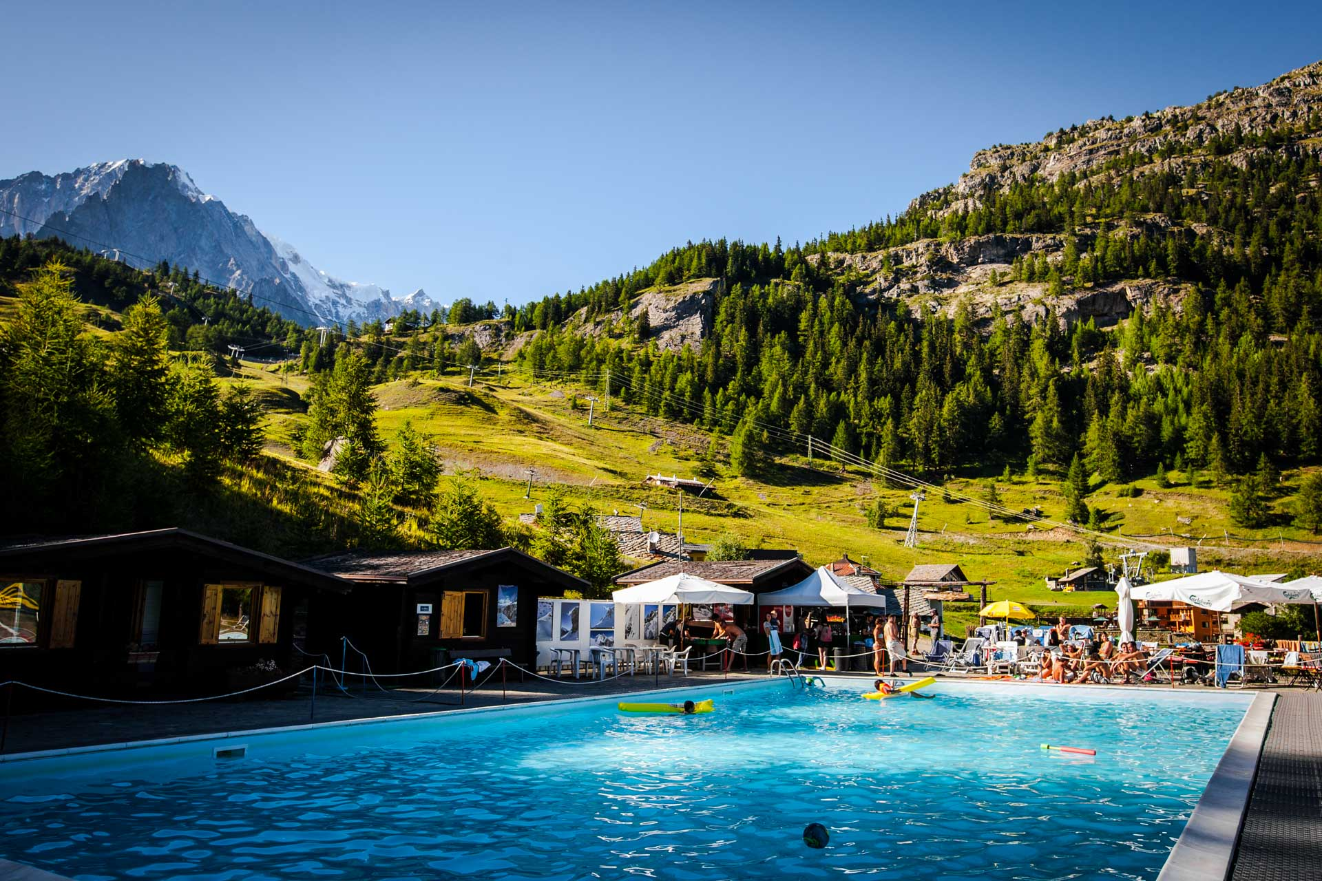 Courmayeur al 100%: tutte le informazioni utili per la tua vacanza in Val d'Aosta