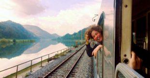 Le donne italiane ora viaggiano da sole