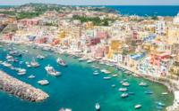 Scopri come arrivare a Procida da Napoli in aliscafo