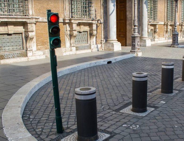 Roma, il turismo riparte ma i problemi restano: a che punto siamo con i mezzi pubblici?